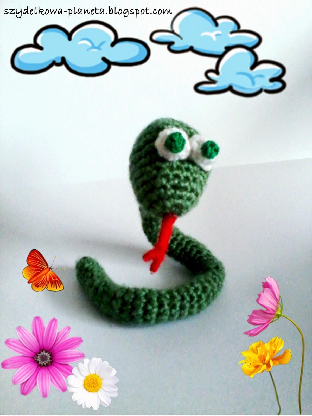 wąż na szydełku