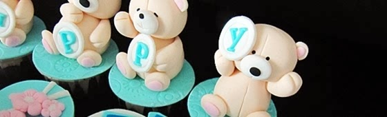 Header picture of teddy bear expression cupcakes