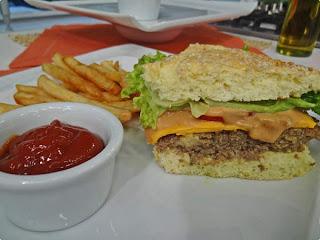 Lanchão de hamburger