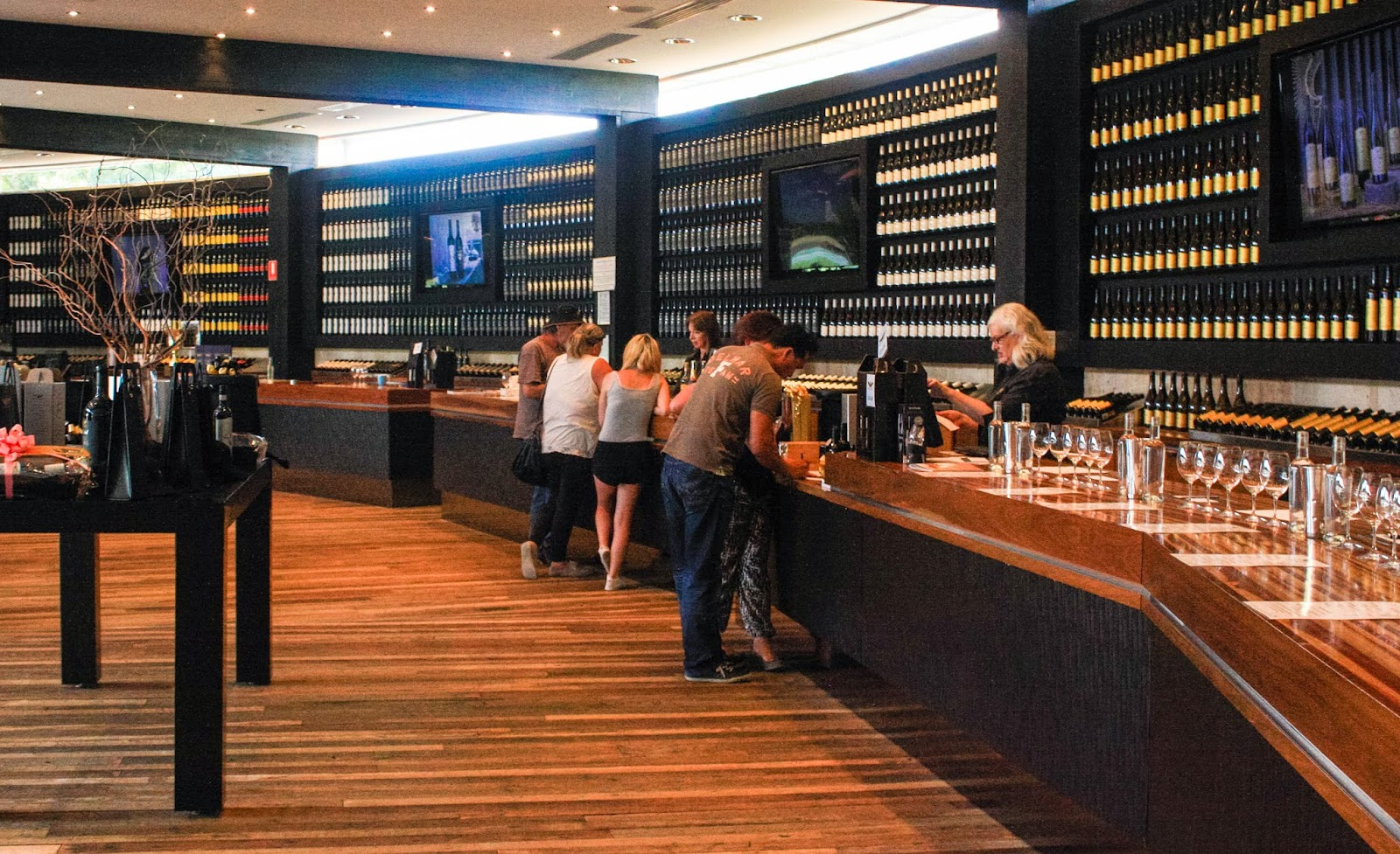 eden valley chat rooms Stage door wine co are producers of premium riesling, shiraz and cabernet sauvignon wines from the eden valley in the barossa south australia - member discounts.