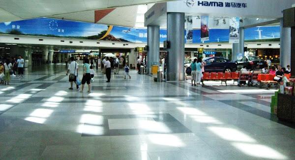 Terminal Bandara Internasional Haikou Meilan, Hainan, China, . ZonaAero
