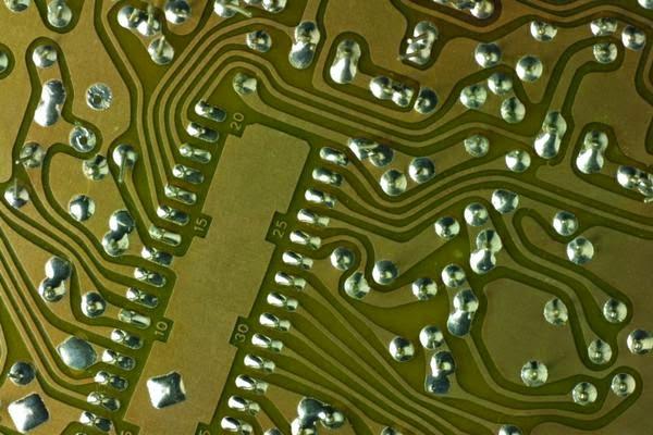 es-rentable-reparar-hardware