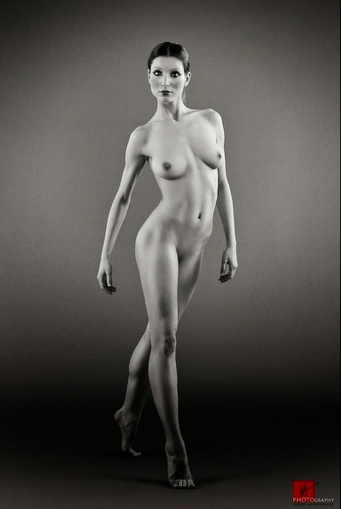 fotos-artisticas-de-mujeres-delgadas