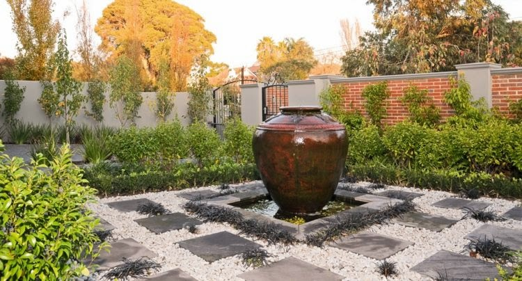 Garden Design of 2015 Vases