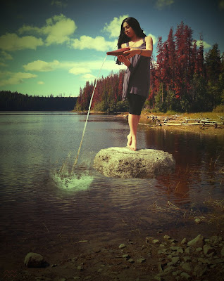 Foto de Mujer con Cantaro de Agua - acuario