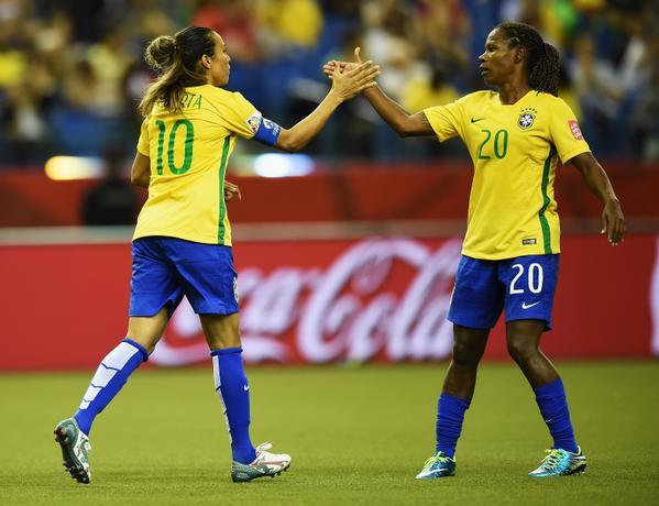 Marta bate recorde e Brasil vence na estreia da Copa do Mundo