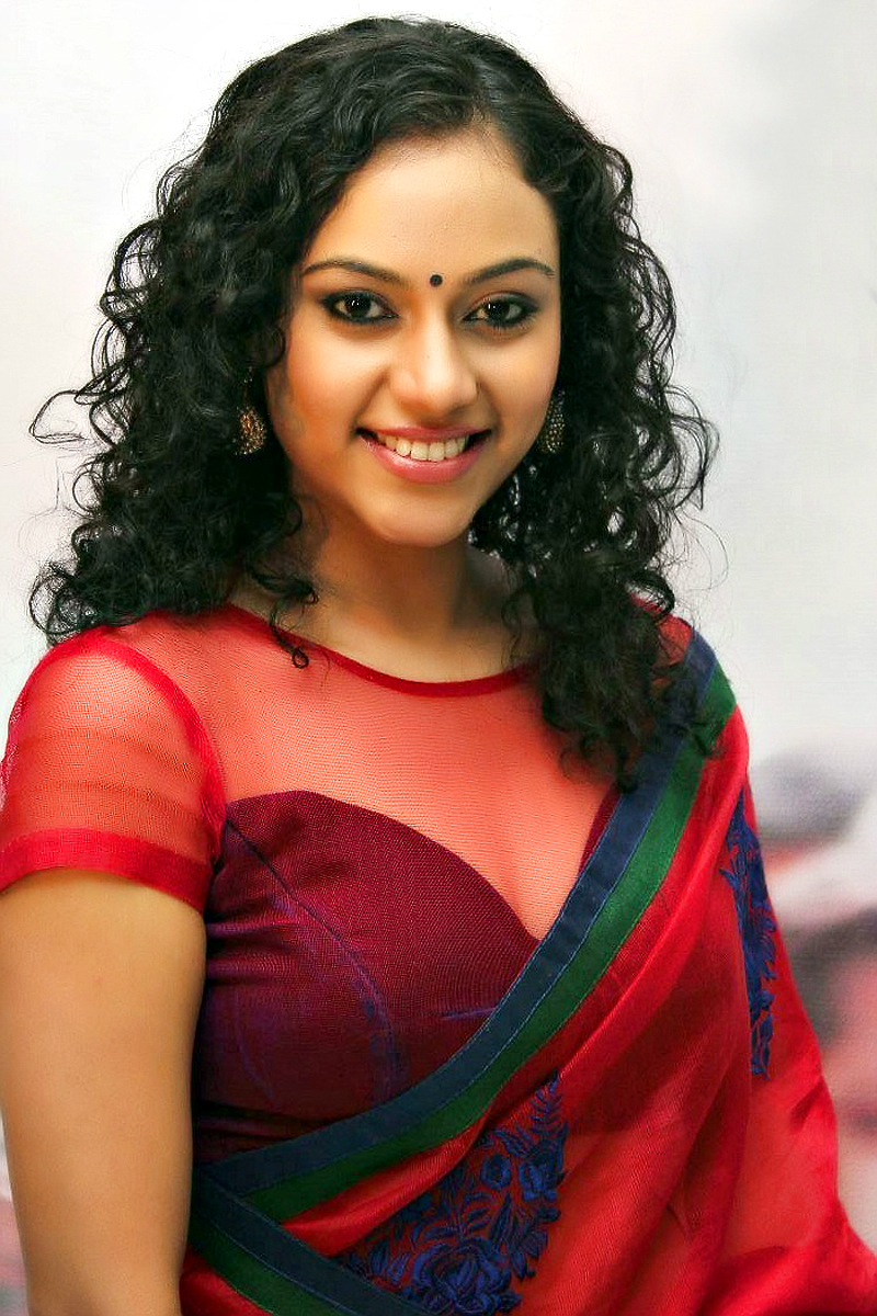 South indian actress hot in saree good question