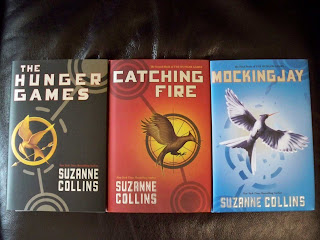 pearls in catching fire by suzanne collins Catching fire was compelling and engaging, but compared to the hunger games i did not like it quite as much it took much the same course as the hunger games did and thus felt a little repetitive about suzanne collins.