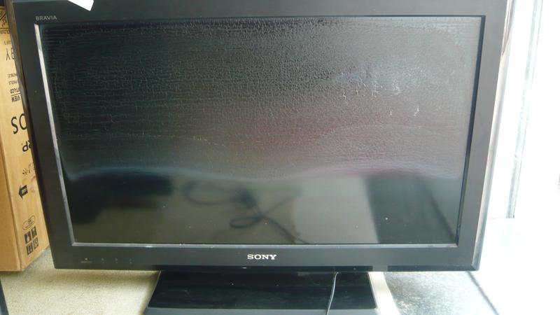 Màn hình tivi bị phồng rộp nguyên nhân và cách sửa chữa