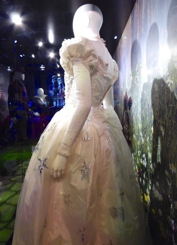 Mirana gown back Alice through the Looking Glass