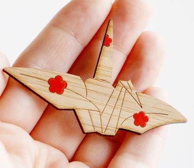Kimono Reincarnate Paper Crane Brooch