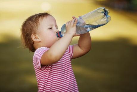 Anak Usia Dini Sering Dehidrasi, Waspadai Pertumbuhan Otaknya