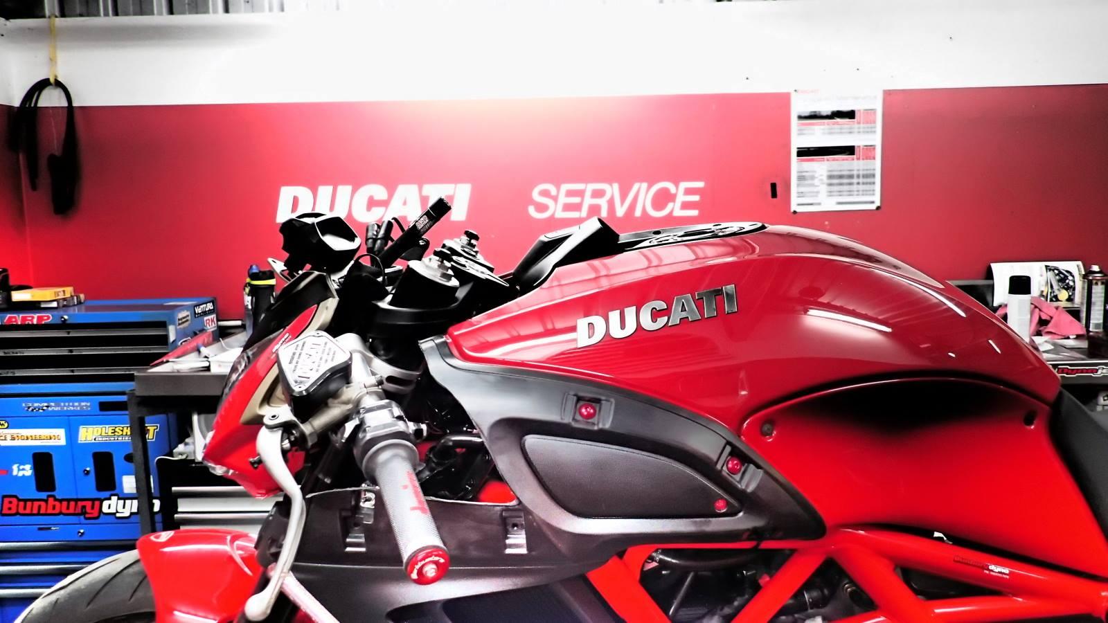 Ducati Diavel Drag Bike