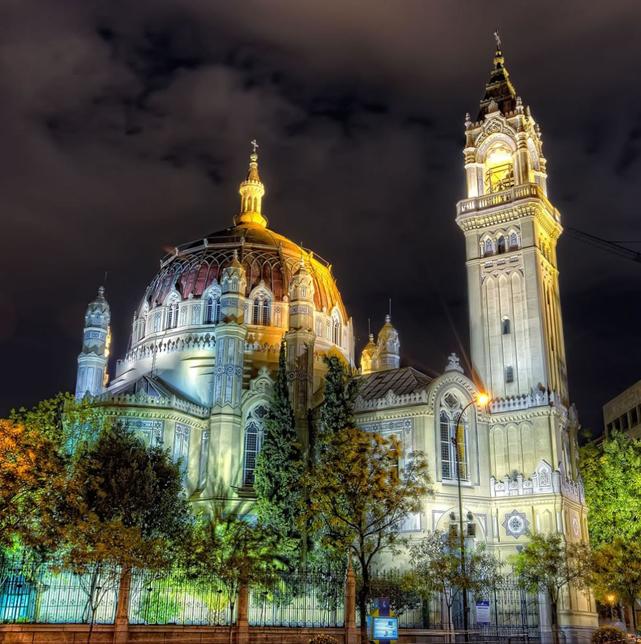 Испания,архитектура Испании,Базилика святого Мануэля и Бенито,Мадрид