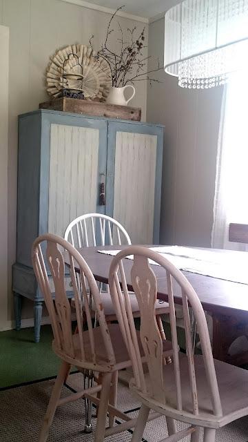 Frugal Furbishing Dining Room Essentials A Vintage