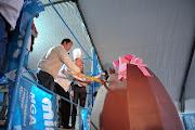 . del Huevo de Pascuas Artesanal en Chocolate Más Grande de América, . miramar huevo de pascuas gigante