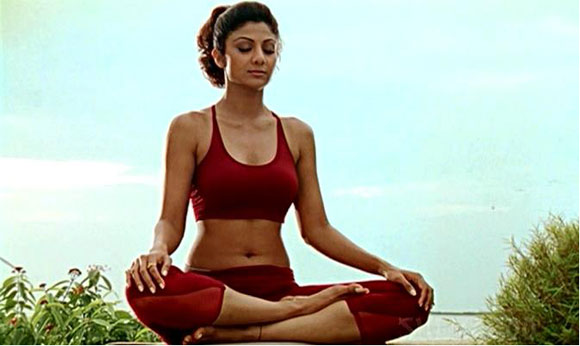 Shilpa Shetty Kundra Has Been Known In The Bollywood For Her Perfect Shape Actress Since Debut Film Baazigar Getting Compliments