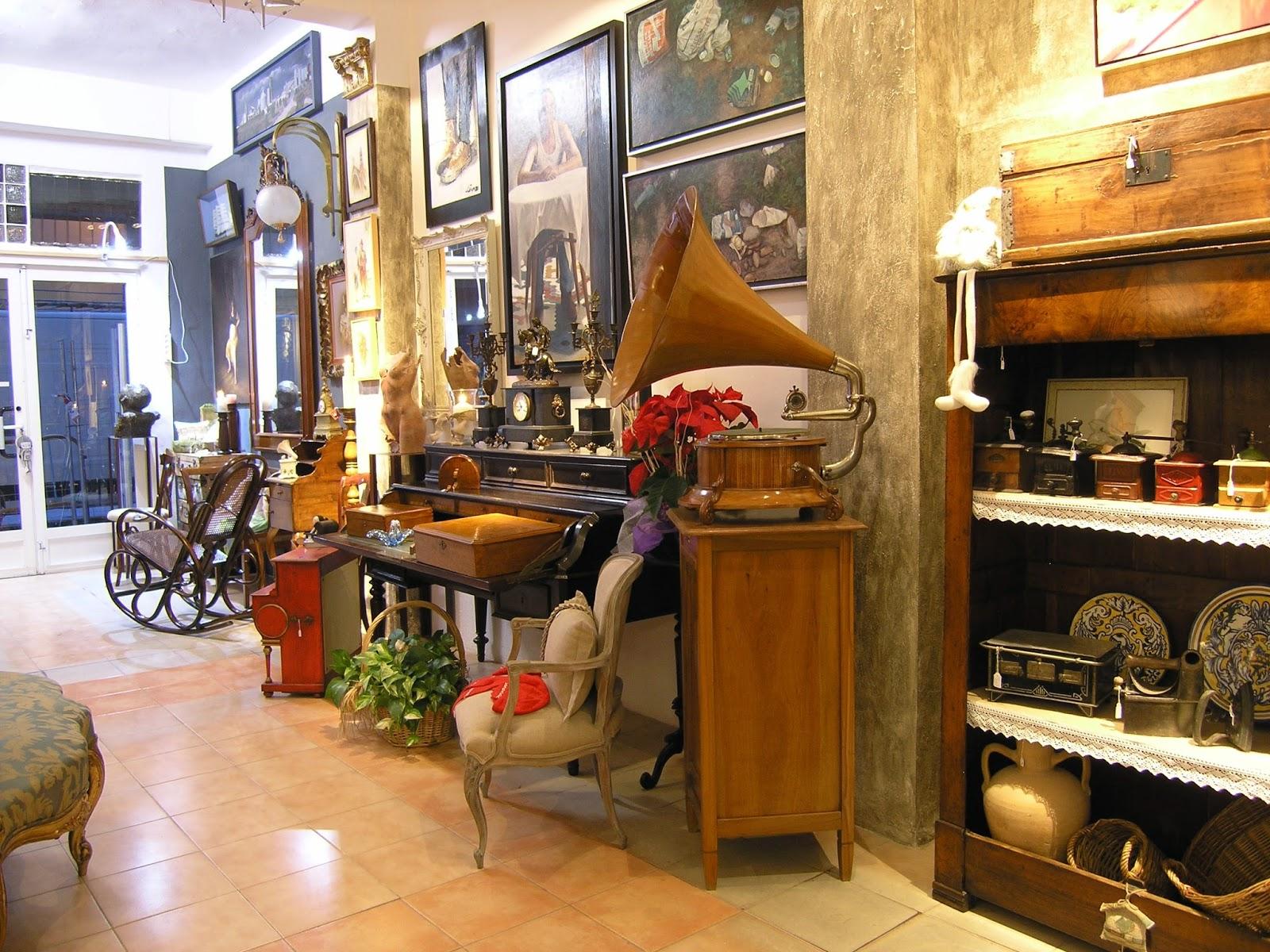 Restauraci n de mueble antiguo en valencia diciembre 2014 - Muebles antiguos valencia ...
