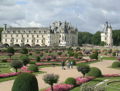 http://gallery-wisata.blogspot.com/2015/11/tempat-wisata-loire-valley-atau-chateau-de-chenonceau-di-paris.html