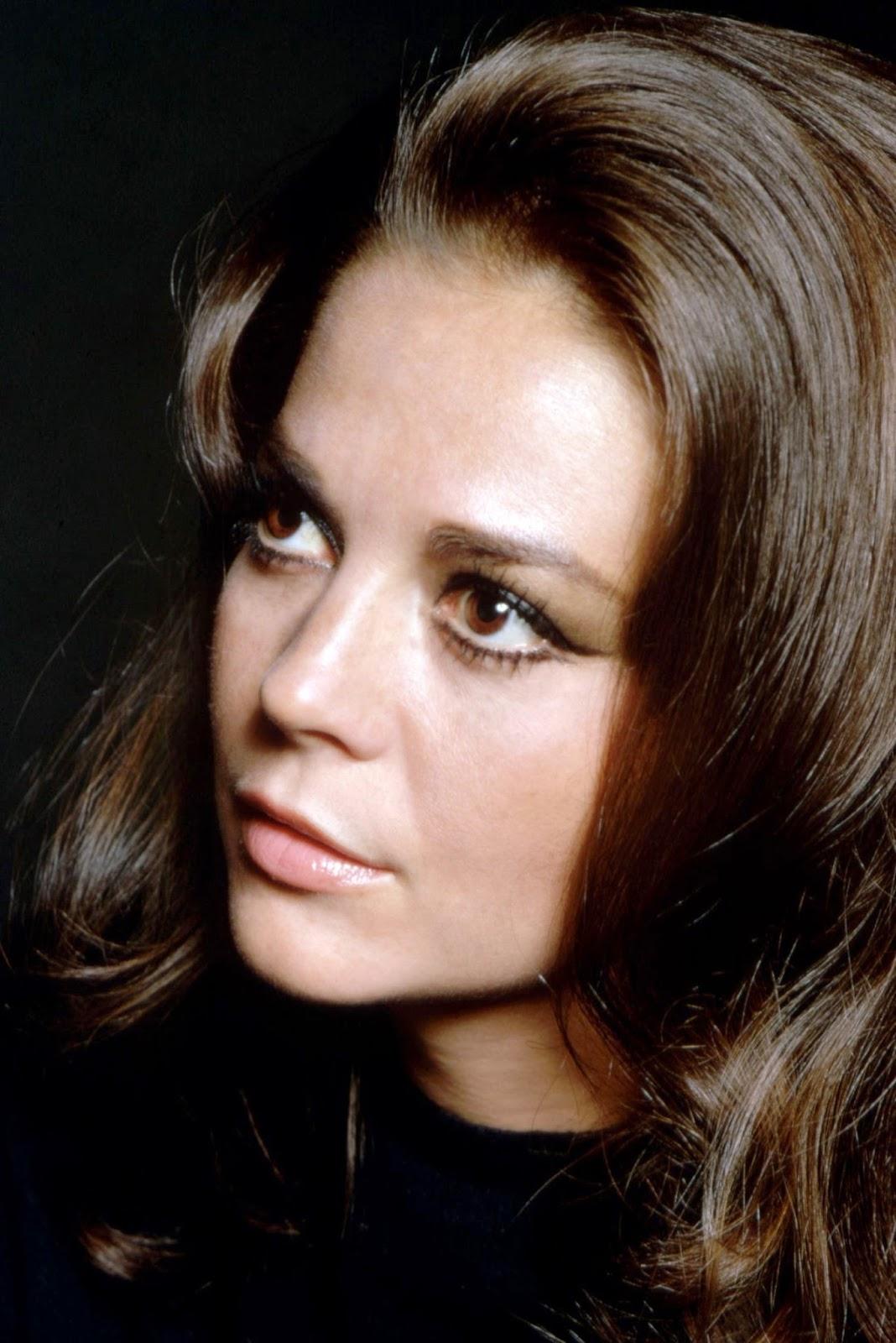 A TRIP DOWN MEMORY LANE: BORN ON THIS DAY: NATALIE WOOD