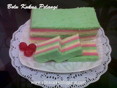 Alins Cake: BOLU KUKUS PELANGI