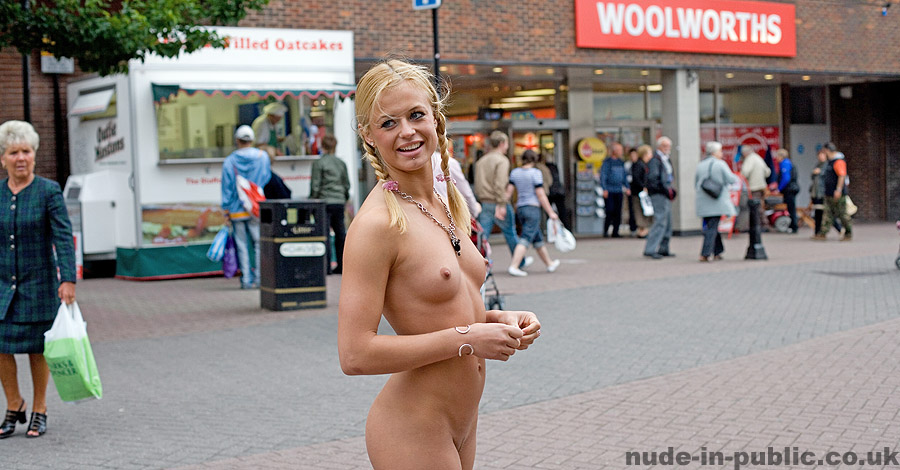 Nude Girl Naked In Public