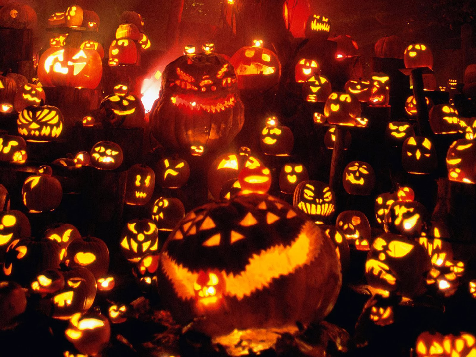 Halloween Celebration In Various Countries - For Fum And ...