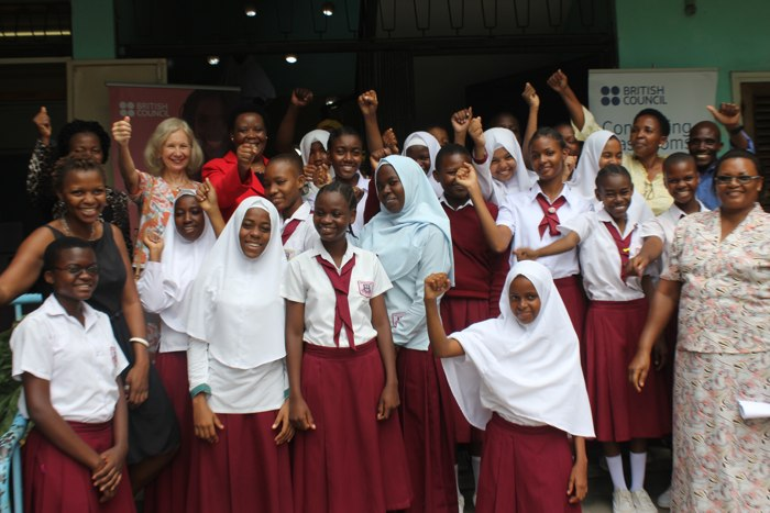 A group photo with students, teachers and coordinators of Connecting Classrooms Programme at Kisutu Secondary School after her visits