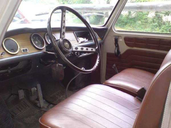 Romanian Car Dacia 1100 interior view