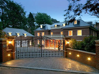 Amazing Technology Completes Surrey Mansion