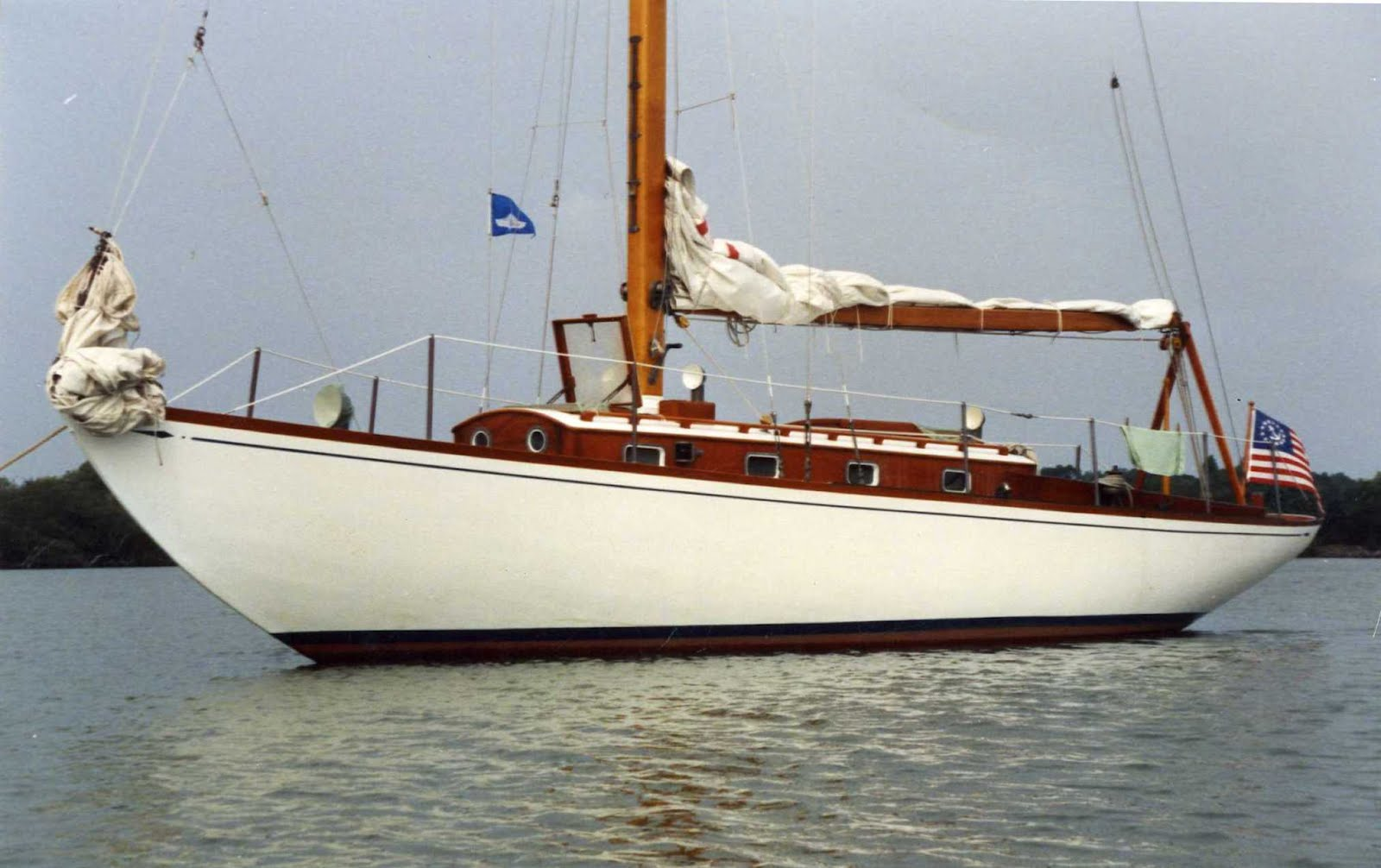 She is one of a series of boats built by Fisher Boat Works of Chicago to S&S ...