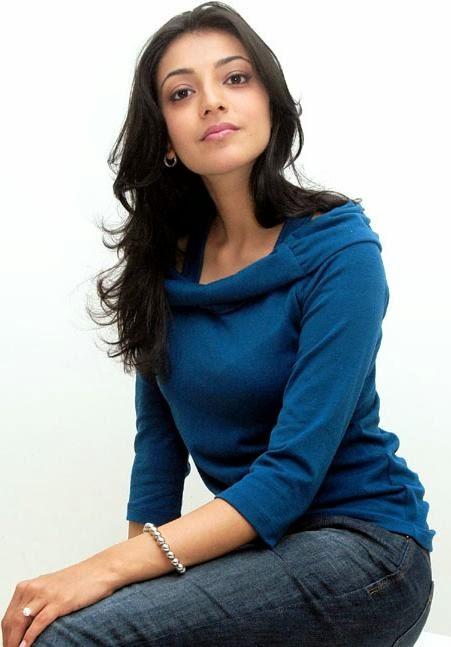 Kajal+Agarwal+in+blue+top+and+jeans002