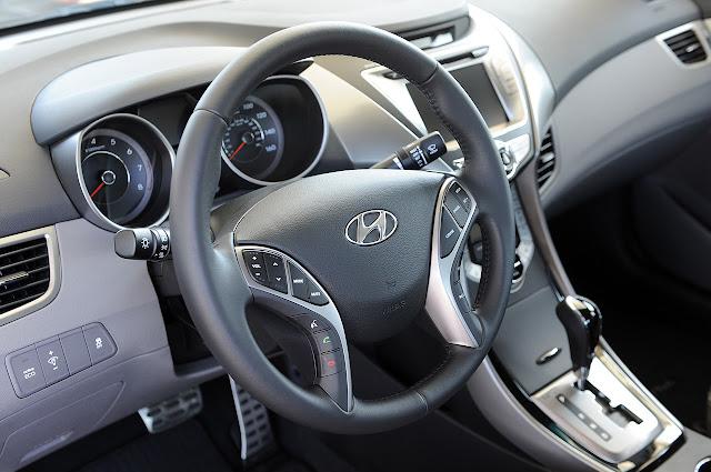 рулевое колесо Hyundai Elantra Coupe 2013