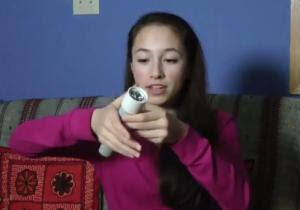 Ann Makosinski estudiante 15 años inventa linterna que ilumina con el calor de las manos.