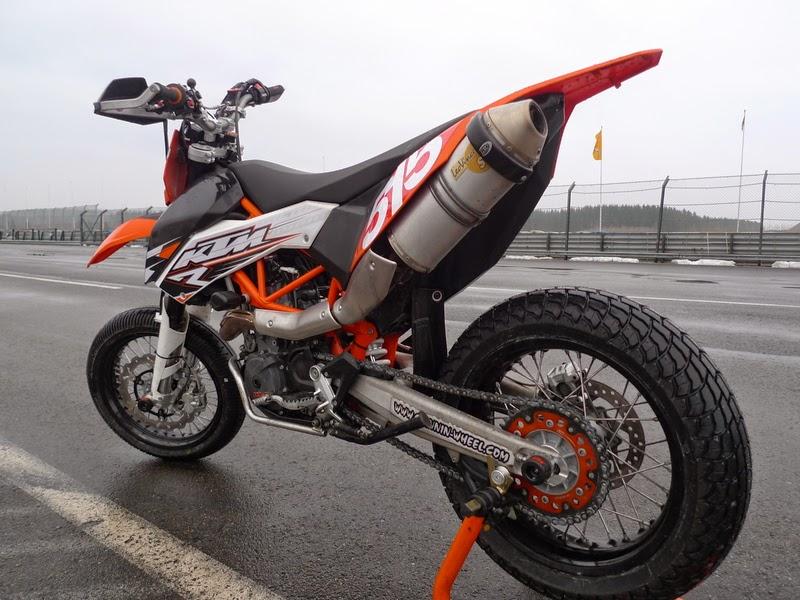 KTM 690 SMC R Bike price