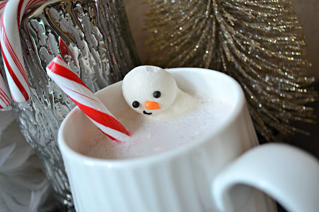 Snowman hot chocolate #NIVEAMoments