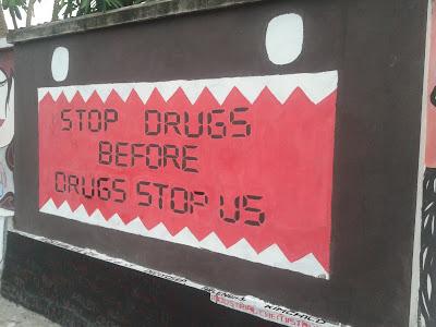 Stop Drugs Before Drugs Stop Us ~ Vandalisme Jogja