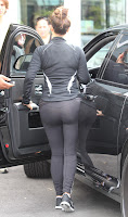 Kim Kardashian ass in tight black pants
