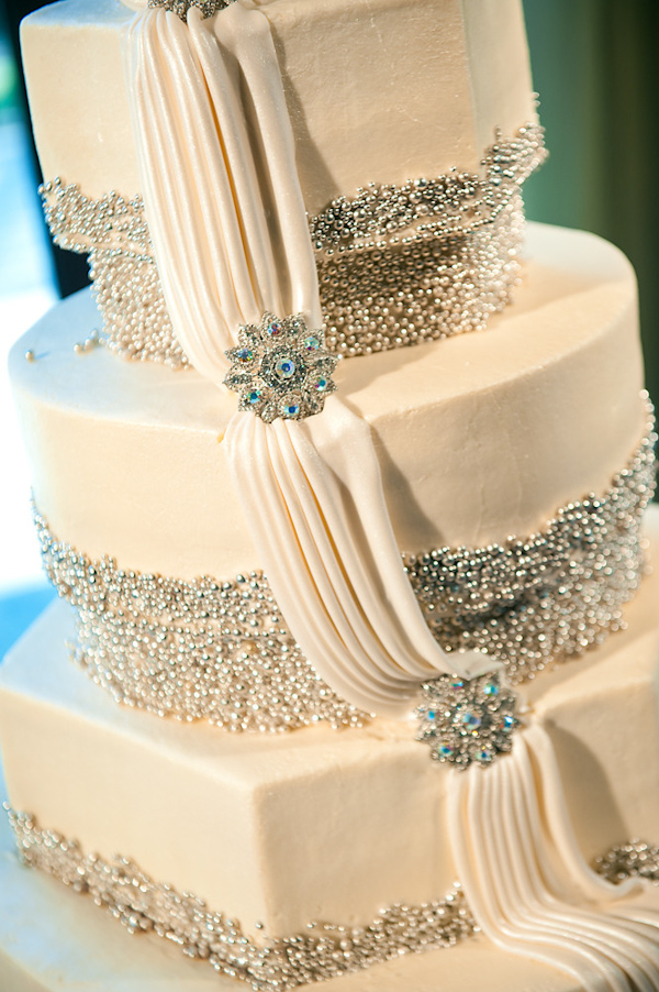 New Latest Cake Images : Latest Wedding Cakes Wedding Styles