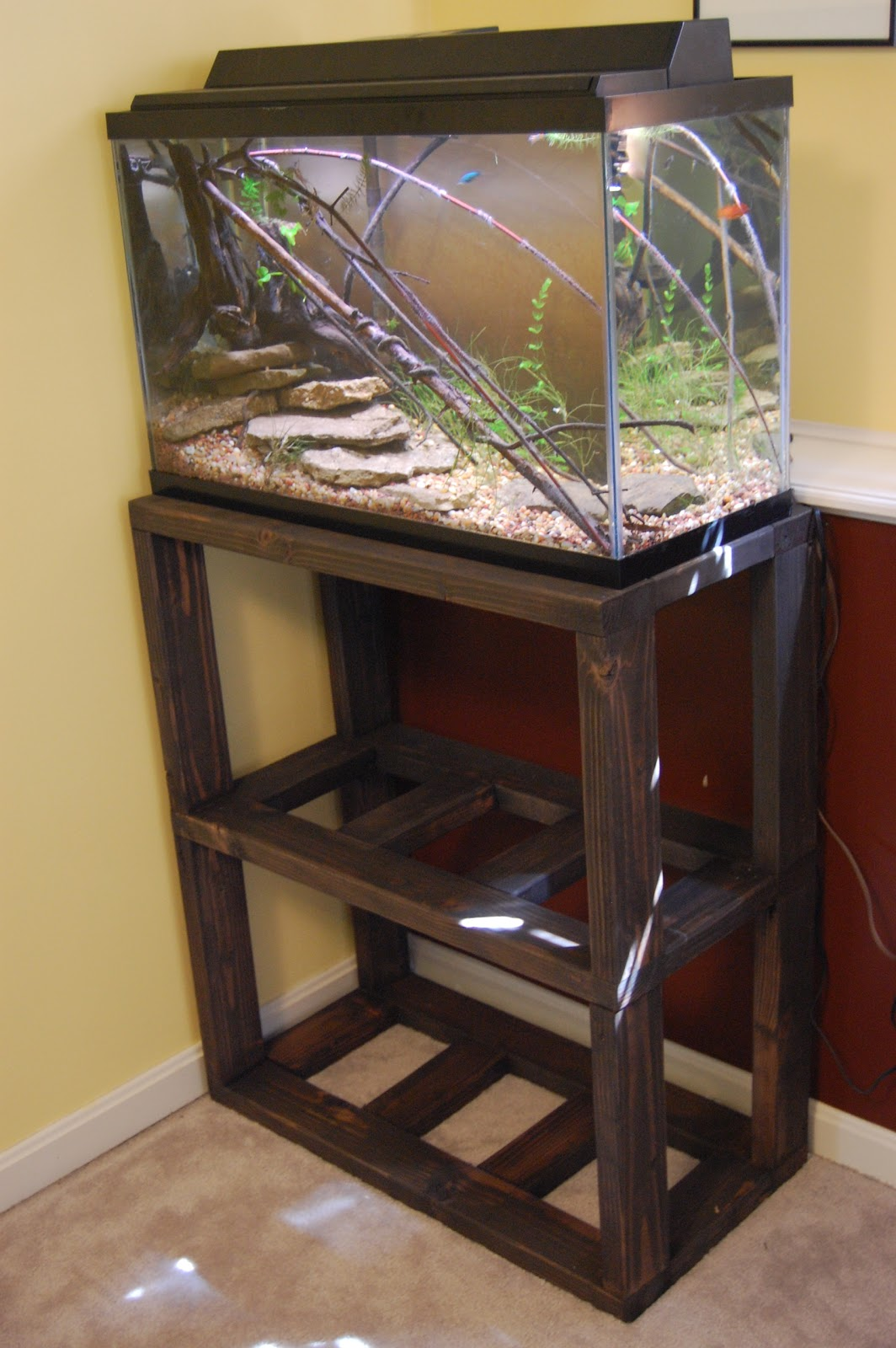 Aquarium stand diy plans diy aquarium stand do it for Fish tank table stand