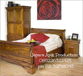 dipan almari minimalis klasik kayu jati