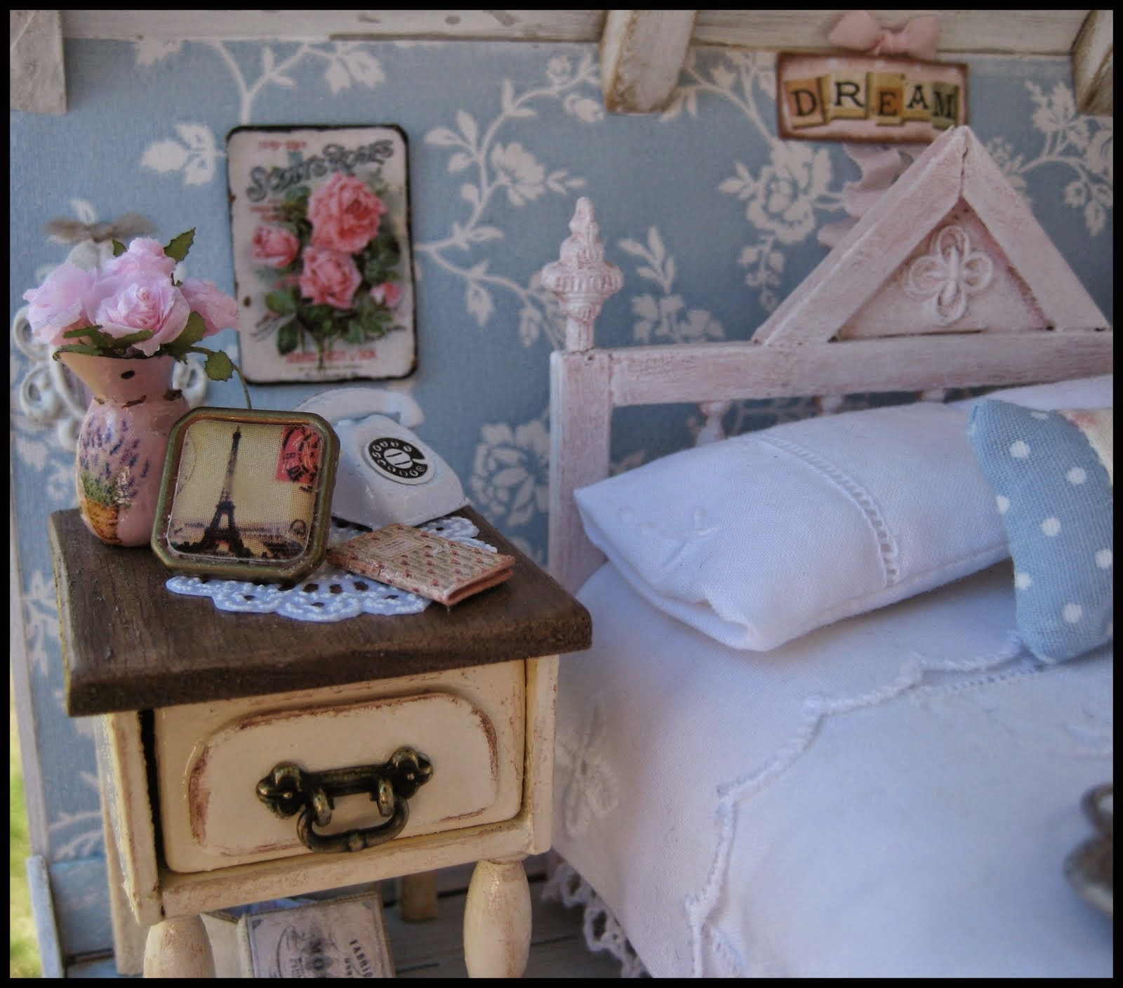 The Shabby Bedroom
