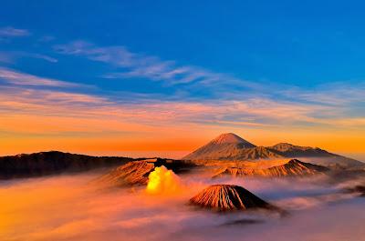 gunung bromo, sunrise gunung bromo