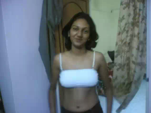 Girl Friend showing boobs at different places   nudesibhabhi.com