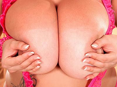 Terri Jane_Pink Lingerie Paradise_m_2