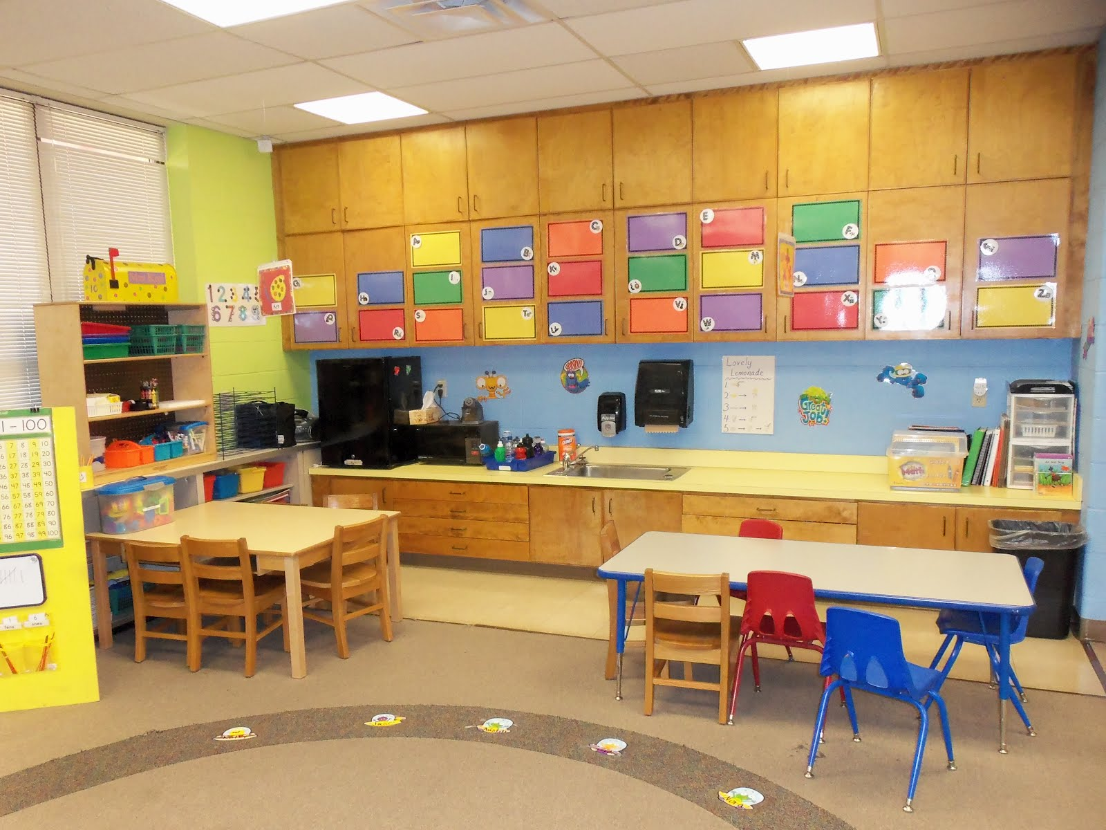 New Classroom Design ~ Pencils and crayons books oh my new year
