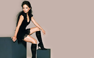 Kristin Kreuk iPhone Wallpapers