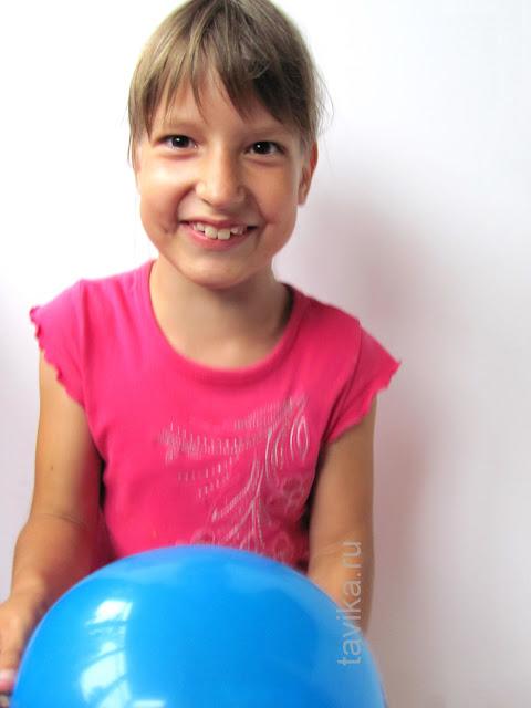 шарик с гайкой - эксперимент для детей