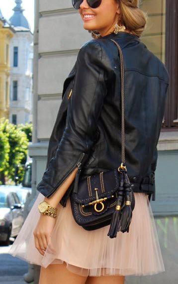 jaqueta de couro com saia curta tule, saia rosa, saias da moda