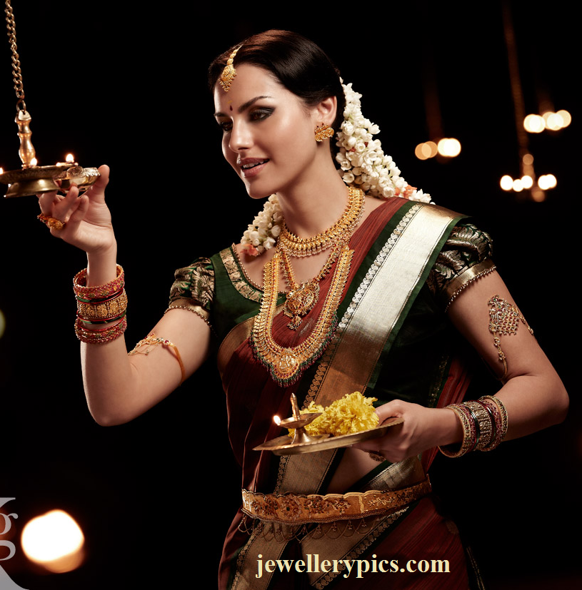 natalia showing reliance jewel sounth indian bridal jewellery latest jewellery designs. Black Bedroom Furniture Sets. Home Design Ideas